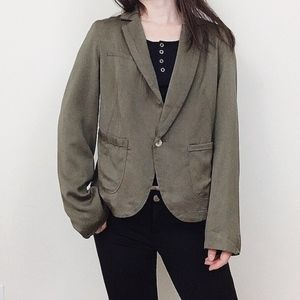 📢Clearance -NWT Olive green casual rayon blazer